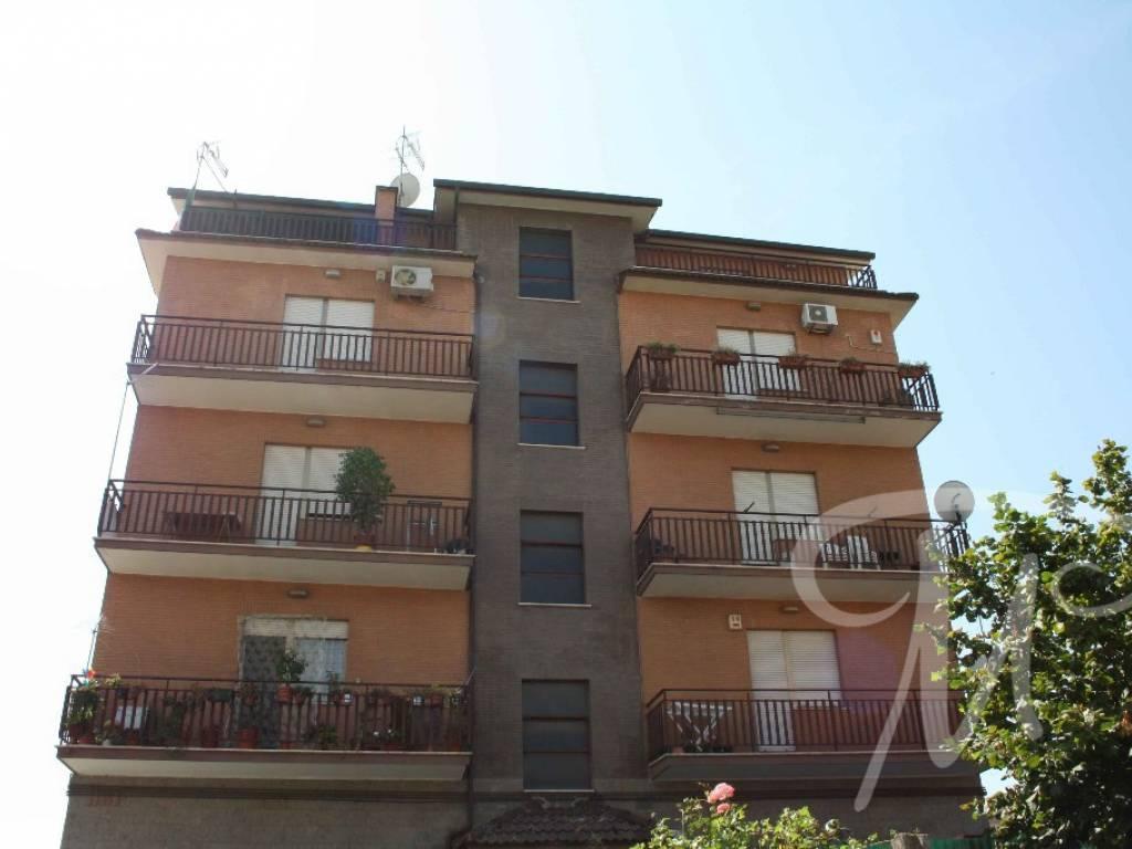 Home Trust World | Appartamento Vendita Via di Vermicino 71, Roma  Superficie 106.0mq Prezzo 110000.0